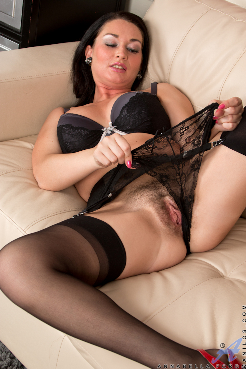 For sex' Brunette slut milfs
