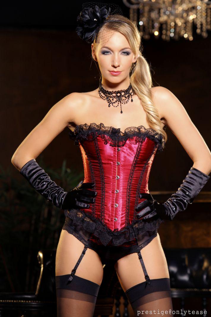 Nine blonde burlesque dancers with lovely big western butts 5