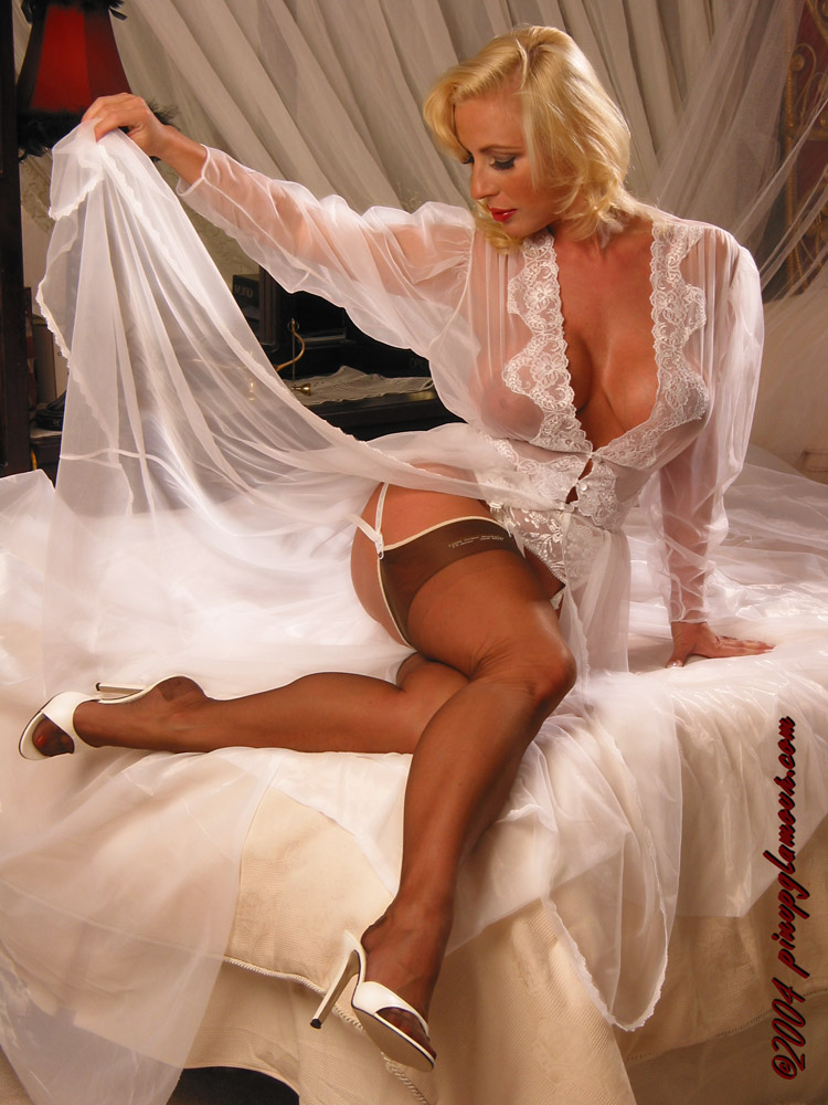 White mature woman negligee