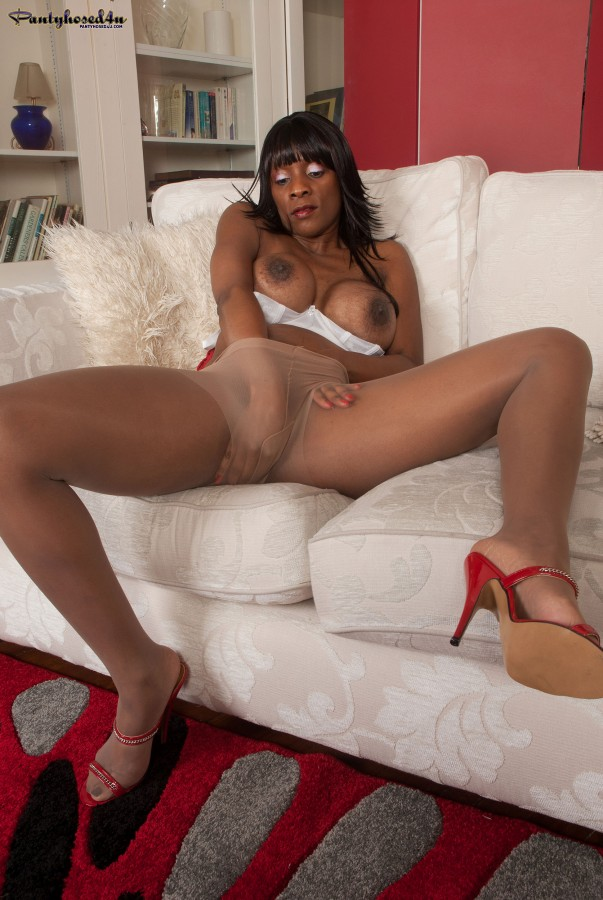 Black milf video