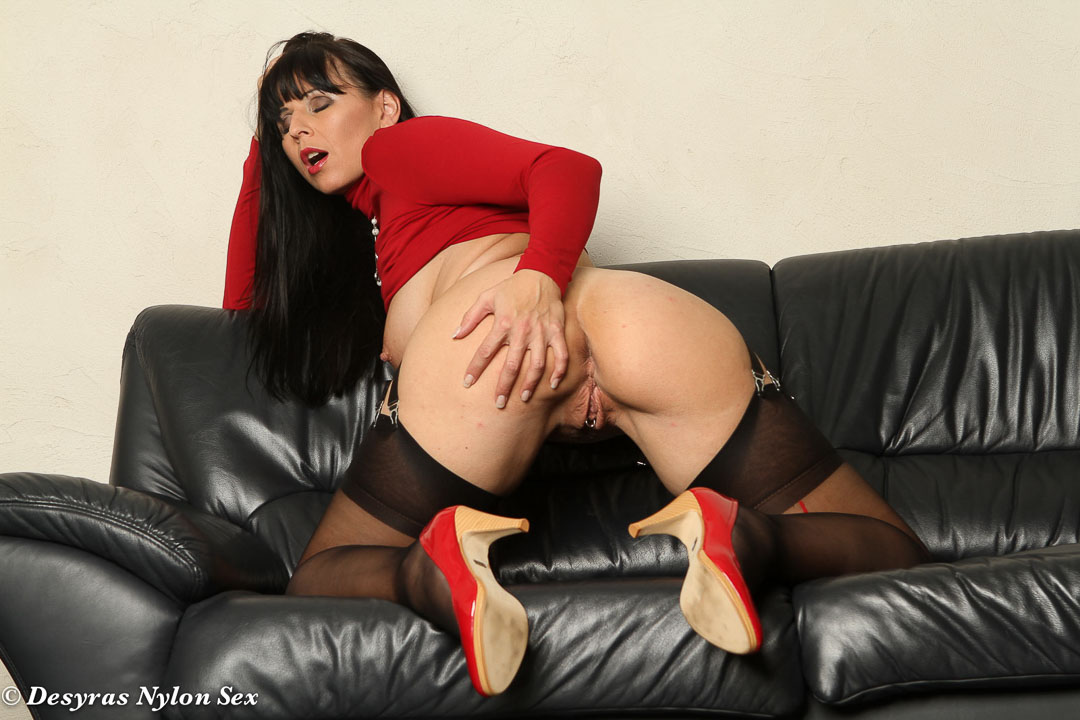 Pantyhose mature buzzed after xmas party 2