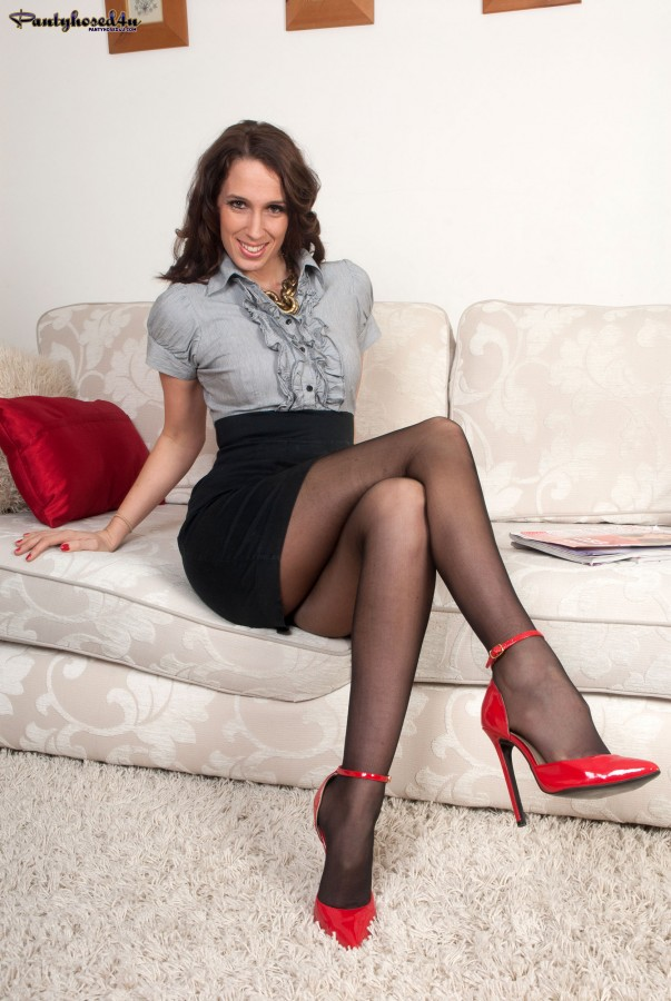 Women In Nylons And Heels