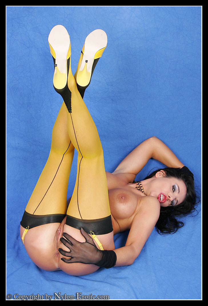 Yellow Stocking 11
